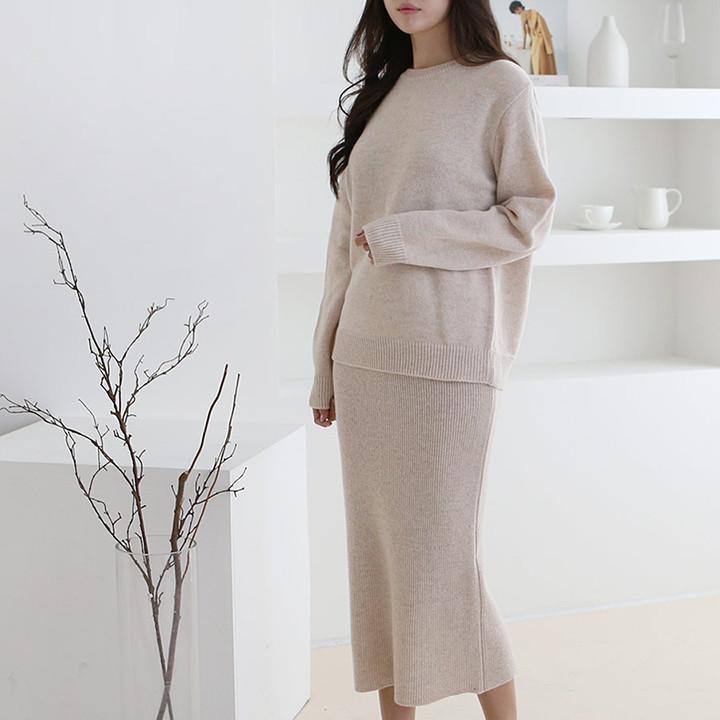 P8440 lambs wool knit skirt set
